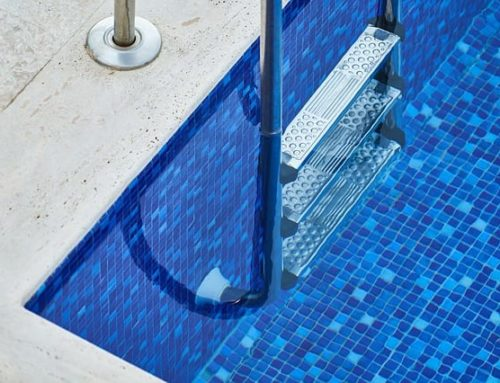 5 Advantages of Hiring A Professional Pool Cleaning Service